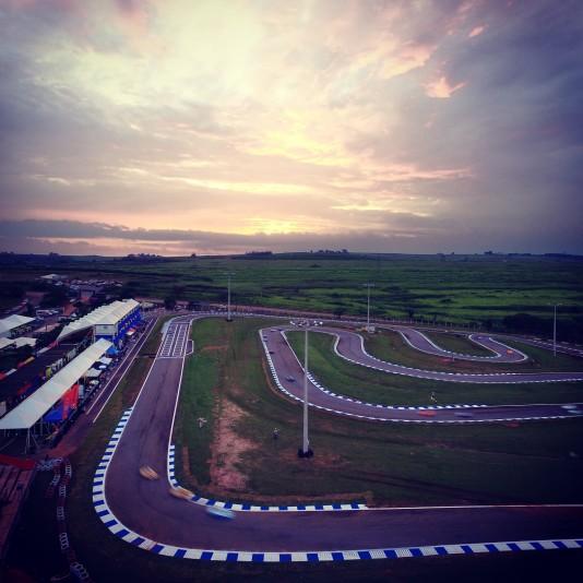 Limeira (SP) recebe a edição 2015 das 500 Milhas de Kart neste sábado (19). (Foto: Felipe Giaffone)