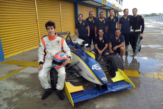 Forcolin e o time da Cesário F3. (Foto: Divulgação)